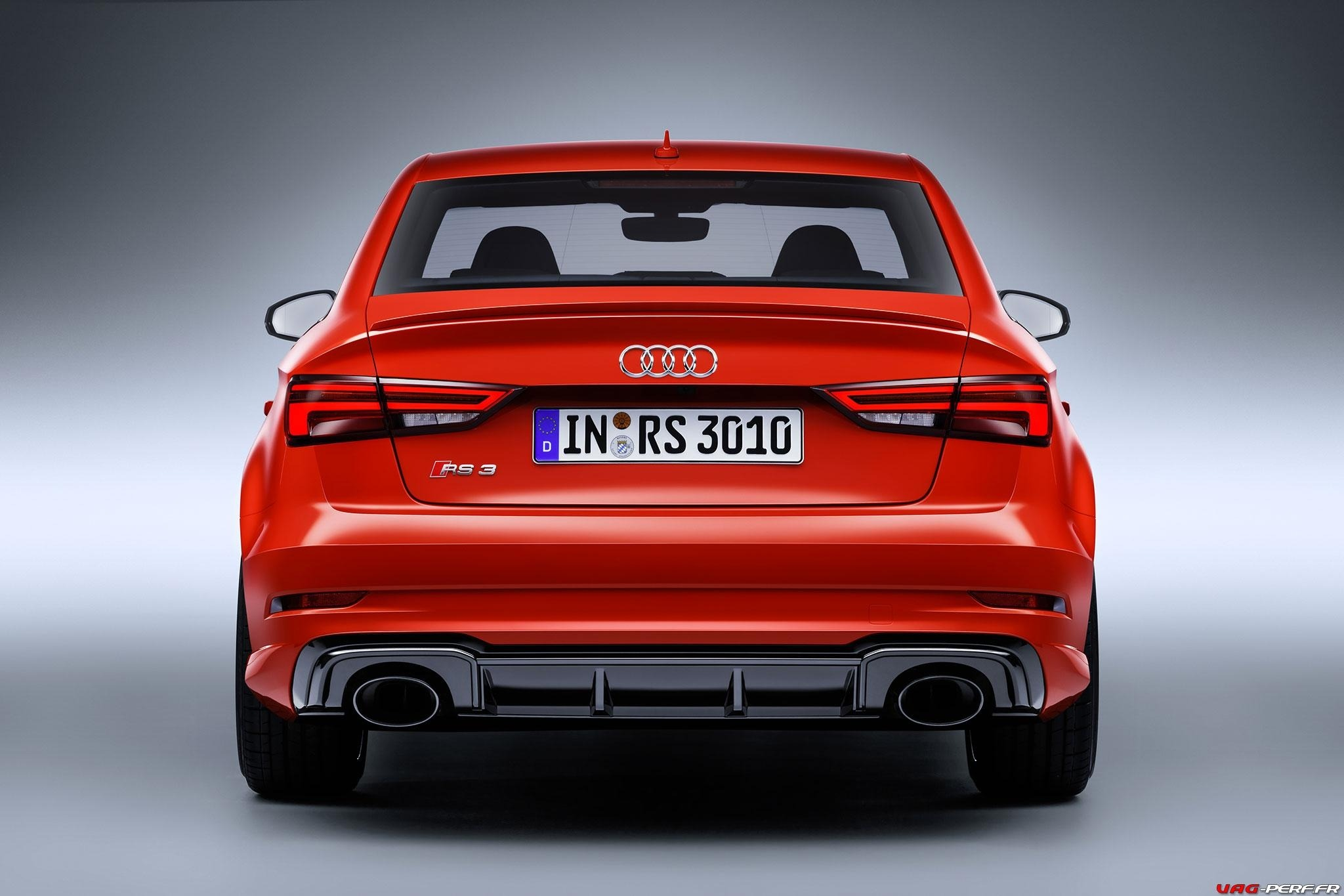 2016_Audi-RS3-Sedan-Officiel_03