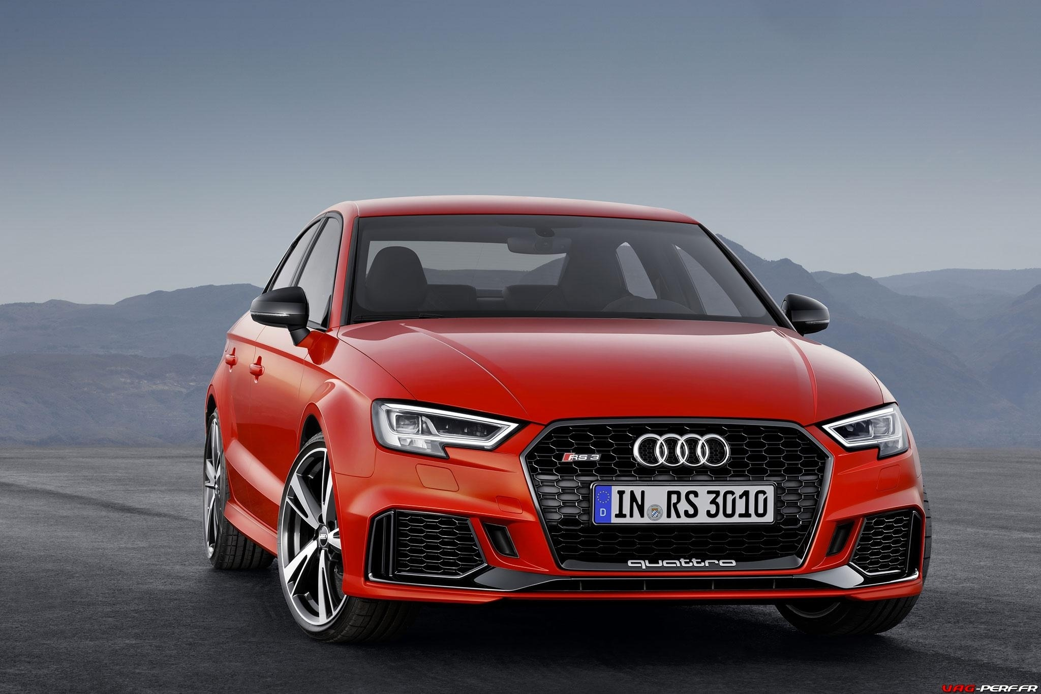 2016_Audi-RS3-Sedan-Officiel_09